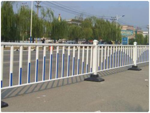 交通设施护栏的简介