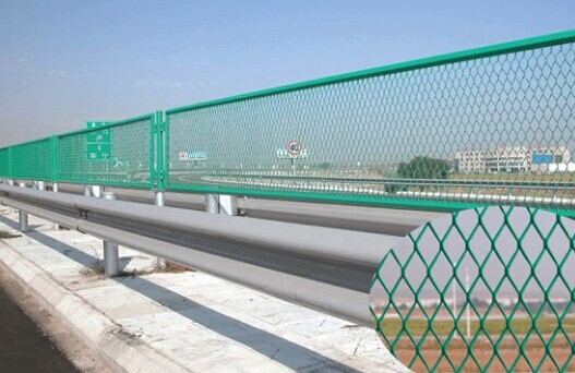 道路护栏价格及安装规范