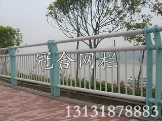桥梁铁艺栏杆